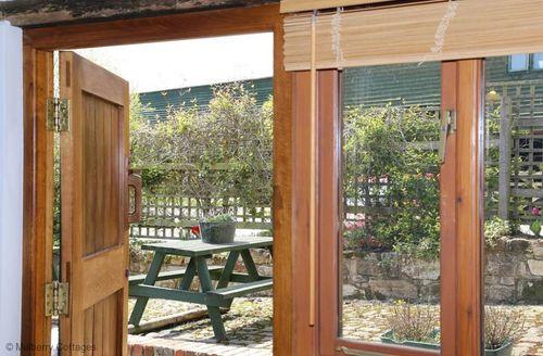 Snaptrip - Last minute cottages - Tasteful Uckfield Cottage S50669 -
