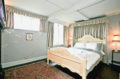 Snaptrip - Last minute cottages - Beautiful Tunbridge Wells Cottage S50678 -