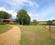 Snaptrip - Last minute cottages - Stunning Sedlescombe Cottage S50708 -