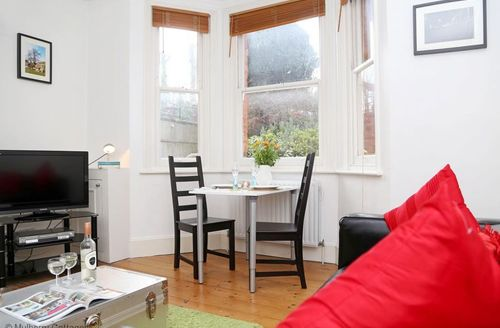 Snaptrip - Last minute cottages - Beautiful Tunbridge Wells Cottage S50748 -