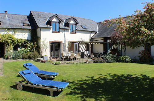 Snaptrip - Last minute cottages - Quaint Pitt Cottage S50755 -