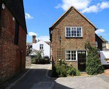Snaptrip - Last minute cottages - Splendid Horsham Cottage S50852 -