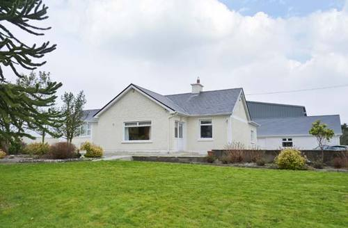 Snaptrip - Last minute cottages - Cosy  House S5975 -