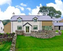 Snaptrip - Last minute cottages - Cosy Anglesey Rental S5983 -