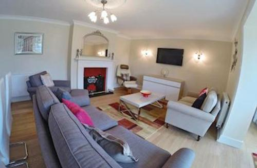 Snaptrip - Last minute cottages - Luxury Horning Lodge S51309 - Whitegates