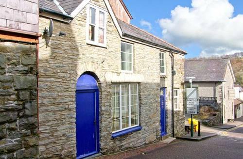 Snaptrip - Last minute cottages - Wonderful Llandysul Cottage S5992 -