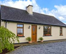 Snaptrip - Last minute cottages - Delightful  Cottage S5995 -