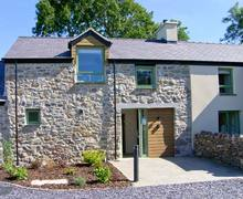 Snaptrip - Last minute cottages - Beautiful Llanfairpwllgwyngyll Rental S6003 -
