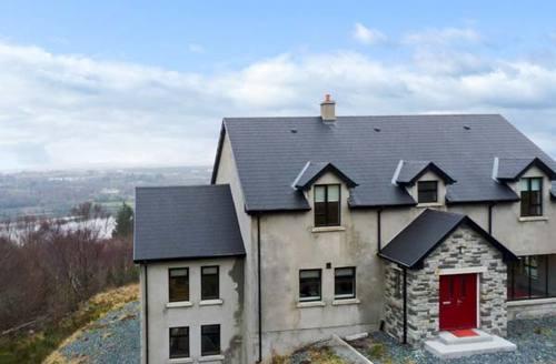 Snaptrip - Last minute cottages - Splendid  House S6017 -