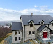 Snaptrip - Last minute cottages - Splendid  House S6017 -