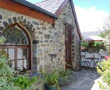 Snaptrip - Last minute cottages - Tasteful Barmouth Gwaelod S6022 -