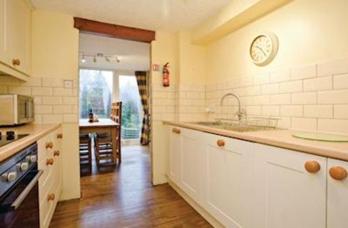 Snaptrip - Last minute cottages - Lovely Harrogate Lodge S51479 - Elm Cottage