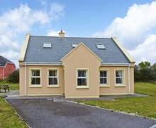 Snaptrip - Last minute cottages - Adorable  View S6084 -