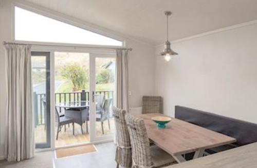 Snaptrip - Last minute cottages - Captivating Croyde Bay Lodge S51684 - Typical Harracott Lodge Plus