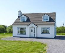 Snaptrip - Last minute cottages - Captivating  House S6103 -