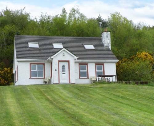 Gorgeous Cottage S6120, Glencross Cottage, Letterkenny, County ...