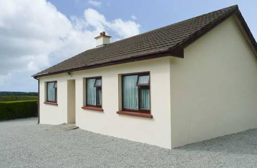 Snaptrip - Last minute cottages - Excellent  House S6132 -