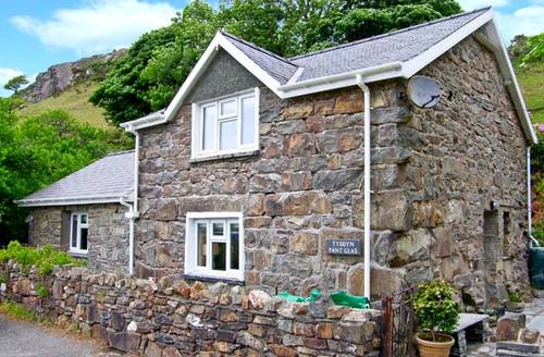 Snaptrip - Last minute cottages - Luxury Blaenau Ffestiniog Glas S6144 -