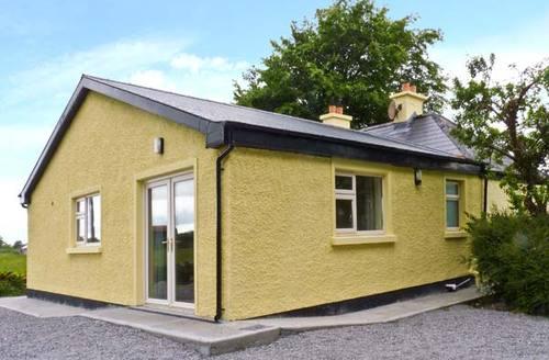 Snaptrip - Last minute cottages - Tasteful  Rental S6152 -