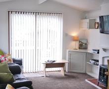 Snaptrip - Last minute cottages - Wonderful Bassenthwaite Lodge S52194 - Parkland Lodge