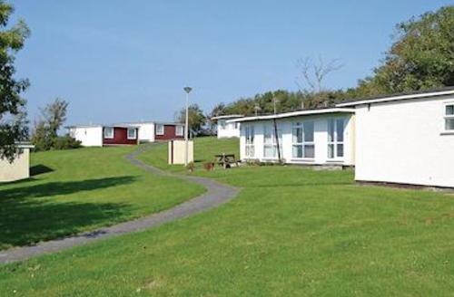 Snaptrip - Last minute cottages - Wonderful Kilkhampton Lodge S52203 - Penstowe Manor Chalet