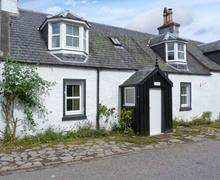 Snaptrip - Last minute cottages - Quaint Inverness Rental S6202 -