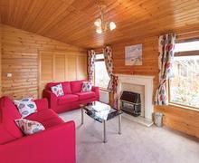 Snaptrip - Last minute cottages - Quaint Relubbus Lodge S52429 - Willow Lodge