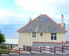 Snaptrip - Last minute cottages - Lovely Barmouth Eglwys S6302 -