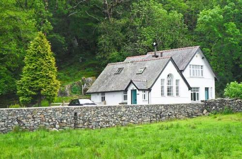 Snaptrip - Last minute cottages - Gorgeous Harlech Deri S6382 -
