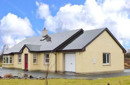 Snaptrip - Last minute cottages - Attractive  Rental S6401 -