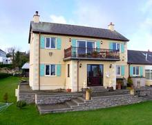 Snaptrip - Last minute cottages - Splendid Brynteg Pant Y Bugail S6411 -