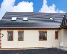 Snaptrip - Last minute cottages - Excellent Aberdare Cysglyd S6415 -