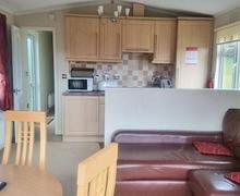 Snaptrip - Last minute cottages - Adorable Felton Lodge S53471 - The Thirston