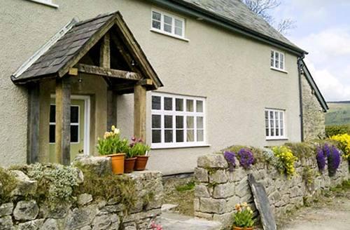 Snaptrip - Last minute cottages - Adorable Presteigne Hymns S6460 -