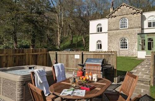 Snaptrip - Last minute cottages - Beautiful Gisburn Lodge S53687 - Gamekeeper's Cottage