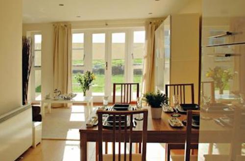 Snaptrip - Last minute cottages - Excellent Padstow Lodge S53697 - Bay Retreat Villa
