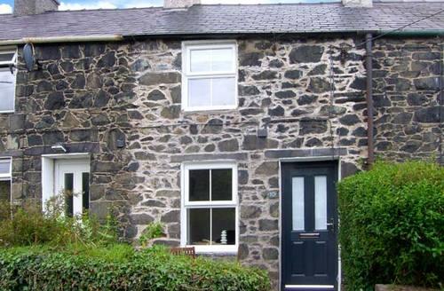 Snaptrip - Last minute cottages - Luxury Bangor Cottage S6521 -