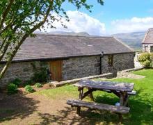 Snaptrip - Last minute cottages - Excellent Llanrwst Godro S6542 -