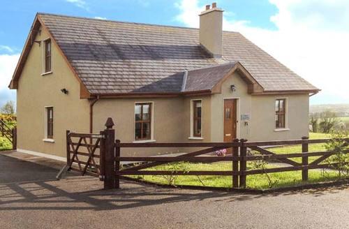 Snaptrip - Last minute cottages - Beautiful  Eoghain S6544 -