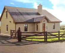 Snaptrip - Last minute cottages - Beautiful  Eoghain S6544 -