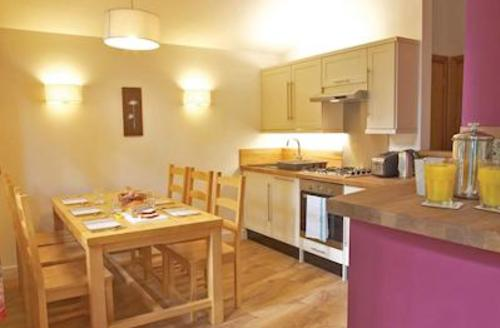 Snaptrip - Last minute cottages - Cosy Callander Lodge S54191 - Typival Silver Birch 3