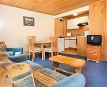 Snaptrip - Last minute cottages - Cosy Lelant Lodge S54417 - SI 2 Bed Silver Chalet sleeps 4