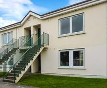 Snaptrip - Last minute cottages - Captivating Arklow Apartment S6624 -
