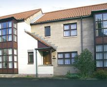 Snaptrip - Last minute cottages - Attractive Berwick Upon Tweed Cottage S6638 -