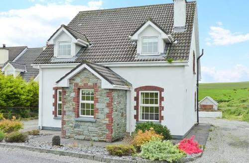 Snaptrip - Last minute cottages - Inviting Killarney Cottage S6647 -
