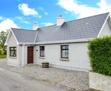 Snaptrip - Last minute cottages - Excellent Sligo Cottage S6668 -