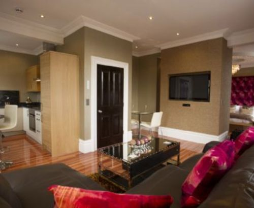 LOCKWOOD SUITE Breck Apartments Luxury Spa, Near Blackpool, Cottage Holiday  Group