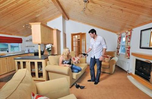 Snaptrip - Last minute cottages - Excellent Polperro Lodge S54898 - Gold Lodge