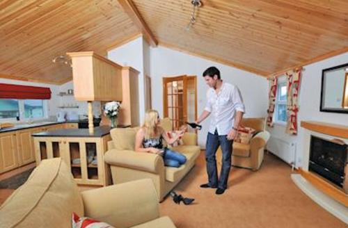 Snaptrip - Last minute cottages - Wonderful Polperro Lodge S54905 - Gold Lodge