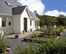 Snaptrip - Last minute cottages - Splendid Bantry Cottage S6730 -